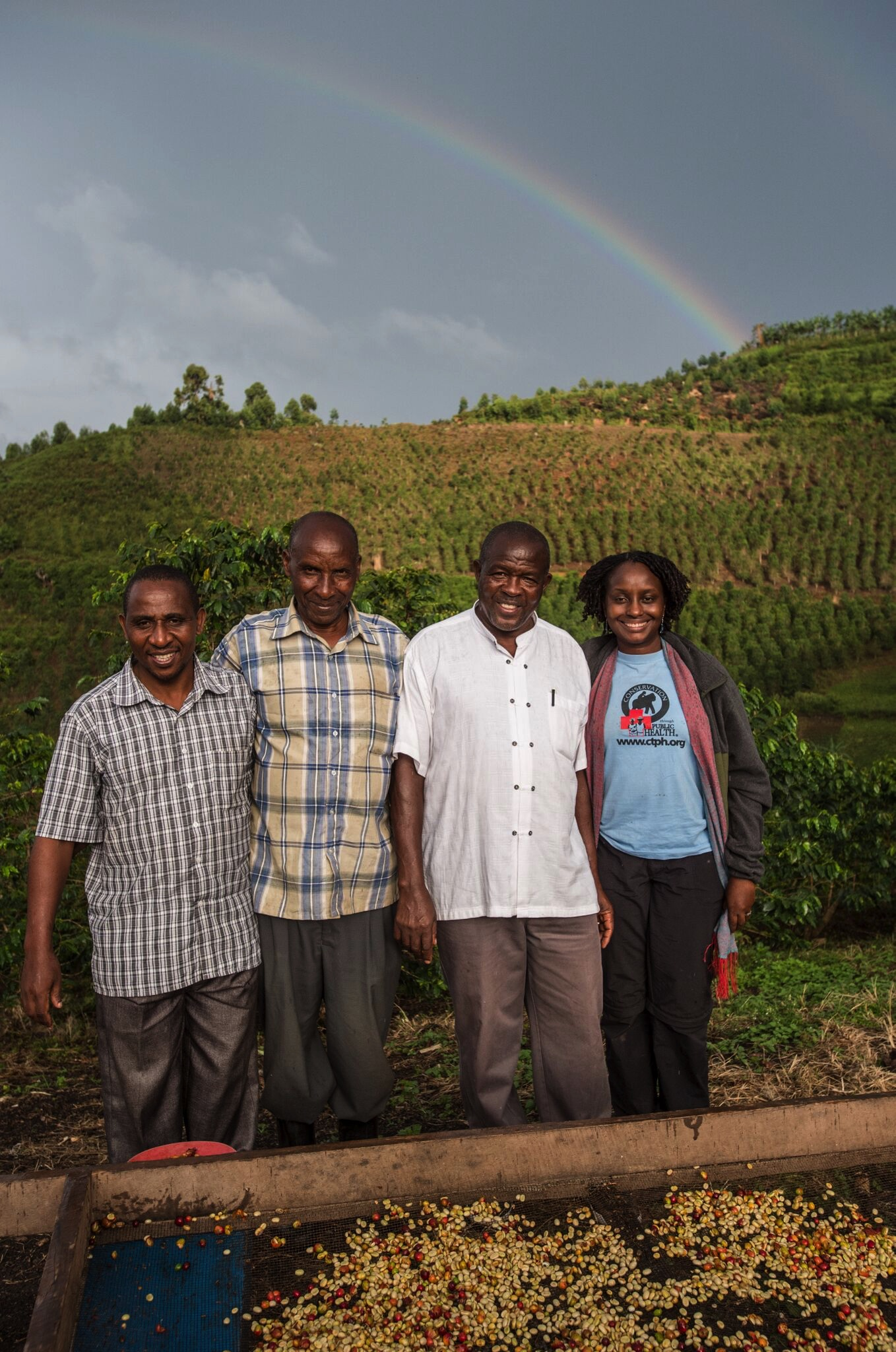 Dr. Gladys with members of Bwindi Coffee Growers Cooperative. Photo Jo-Anne MacArthur, Unbound Project